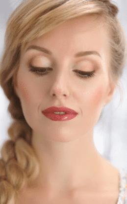 "alt=""Blonde model showcasing a make up style"""